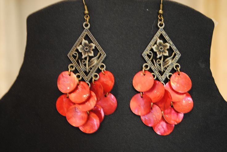 my jewelry: red shell earrings