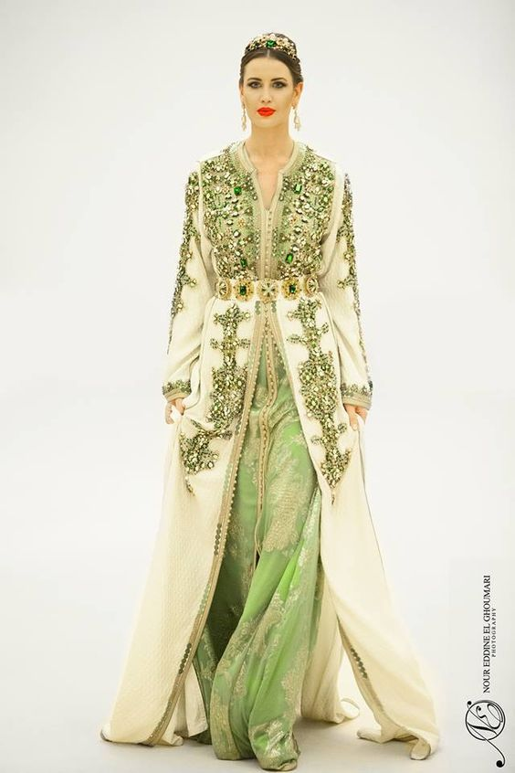 """Beautiful and prestigious Moroccan caftans for Moroccan designers, and the new models of the year """"2017"""" wonderful colors and a variety of fabrics, embroidered with precious stones And for you, we brought you the best designs for 2017 New caftan latest Moroccan fashion in 2017 many models, traditional or modern renewed every week. New models allow you to keep track of the evolution of the Arab and Moroccan fashion """"Caftan"""" through many models and colors of wonderful designs with a variety of…"""