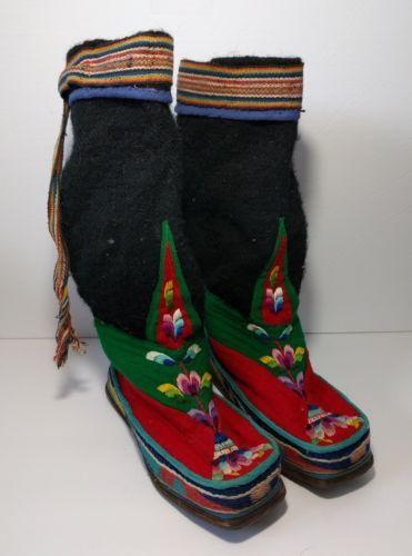 Vintage Handmade Tibetan Wool Embroidered Boots Womens 9 Floral Hippie Boho