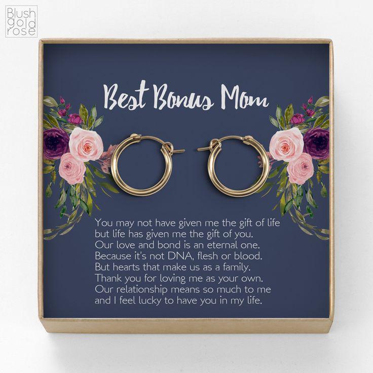 Bonus mom gift simple modern hoops earrings gift for