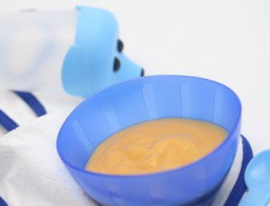 Babynahrung: Pfirsich-Bananen-Brei. Obst, das unsere Babys lieben!