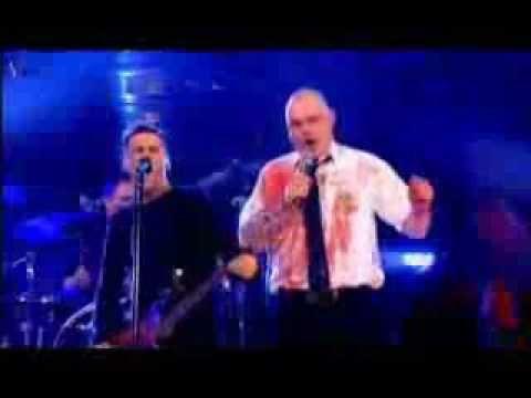 Bryan Adams   Fat Bottomed Girls live at Al Murray Show