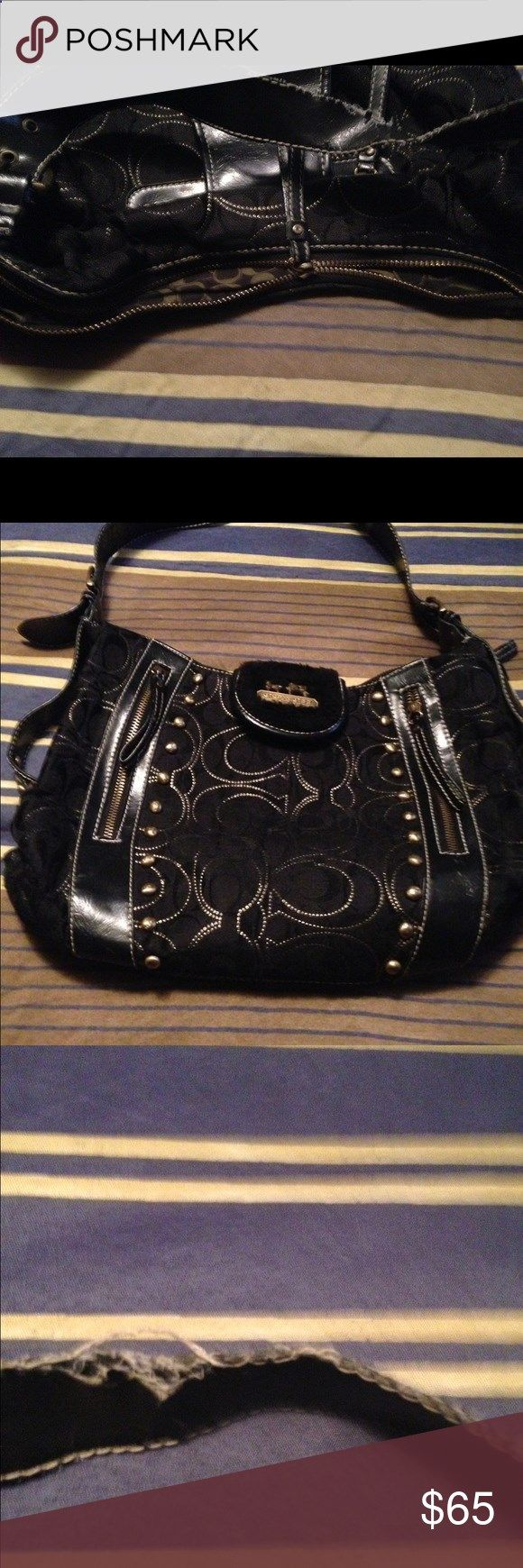 Coach purse Black coach purse zipper needs repair Coach Bags Shoulder Bags