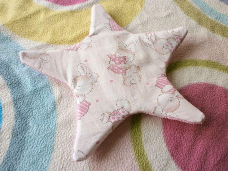 Nähanleitung für Nähanfänger: Knister-Stern-Spielzeug für Babys