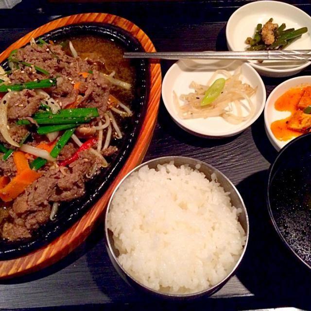 代々木っす('ω') 久しぶりに韓国料理など - 21件のもぐもぐ - プルコギ定食 by はまちゃん(香港住み)