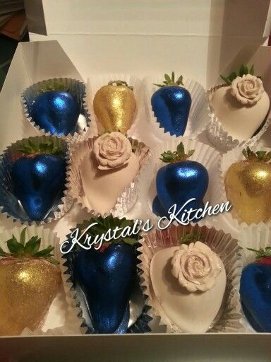 Blue cream n Gold chocolate covered strawberries