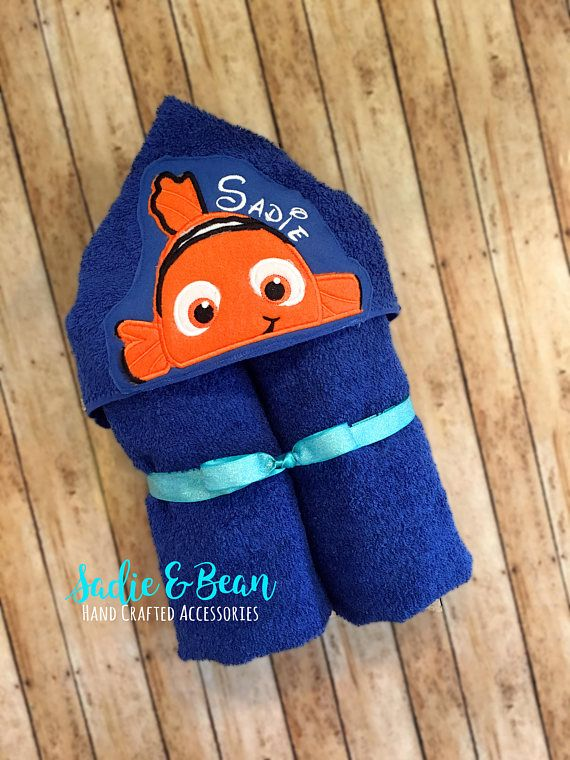 20 beste ideen over baby hooded towel op pinterest gehoede personalized baby gifts hooded towels fish baby gift hooded bath towel baby hooded towel kids beach towel hooded baby towel negle Choice Image