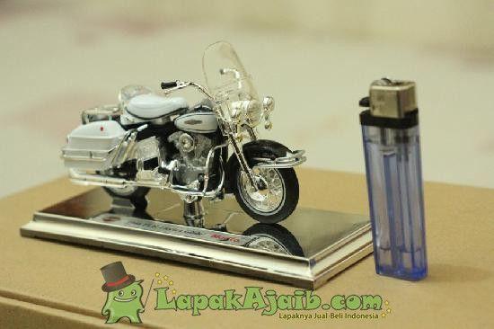 Diecast Maisto Harley Davidson 1966
