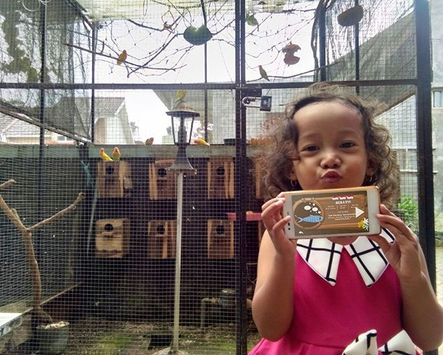 Repost from FB  Nike Krisdayanti  Kawan EMCO satu ini berwisata di eco green park samibil meliaht keindahan burung dan berkesempatan mendapatkan HADIAH UTAMA OPPO F3 Plus Camera Selfie 20MP.  Yuk, yang lain jangan ketinggalan. Foto dirimu dengan berbagai pesona Indonesia dan level terakhir game COLORtorial pulau tempat daerah wisata itu berada.  dan menangkan 1 HADIAH UTAMA OPPO F3 Plus Camera Selfie 20MP. 😀  #EMCOLUX #COLORtorial #catkayubesi #warna #ngecat #surabaya #jakarta #depok…