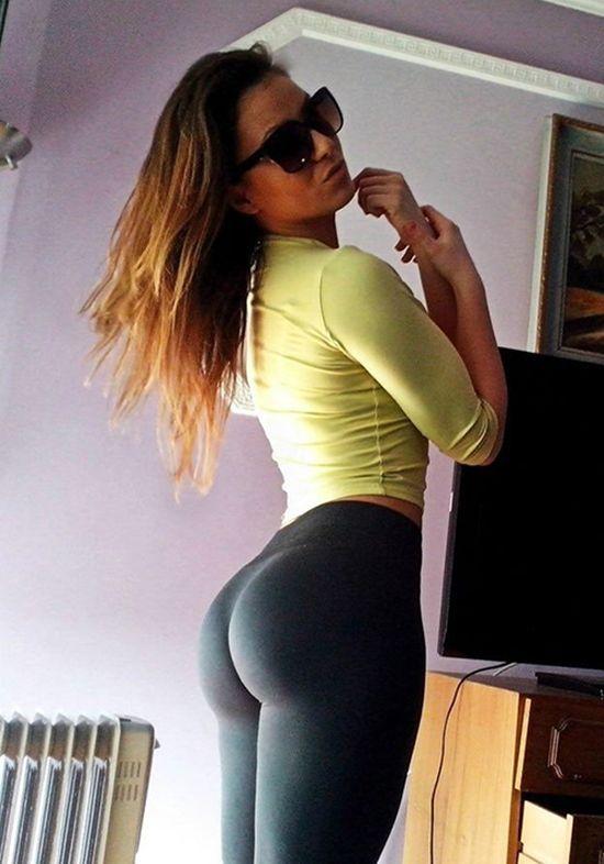 Schne, groe mexikanische Hot Dame Brste TubeGold