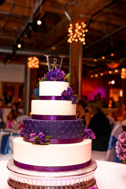 black and purple wedding cakes 25 best ideas about black wedding cake icing on 11822