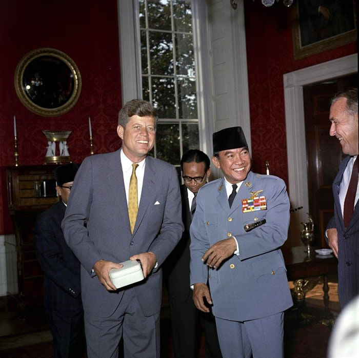 Luncheon for Sukarno, President of the Republic of Indonesia, hosted by President Kennedy, White House (State Dining Room):  Lobster Thermidor with Rice, Filet Mignon with Béarnaise Sauce, Potato Puffs, Stuffed Artichokes, Vanilla Soufflé with Chocolate Sauce.