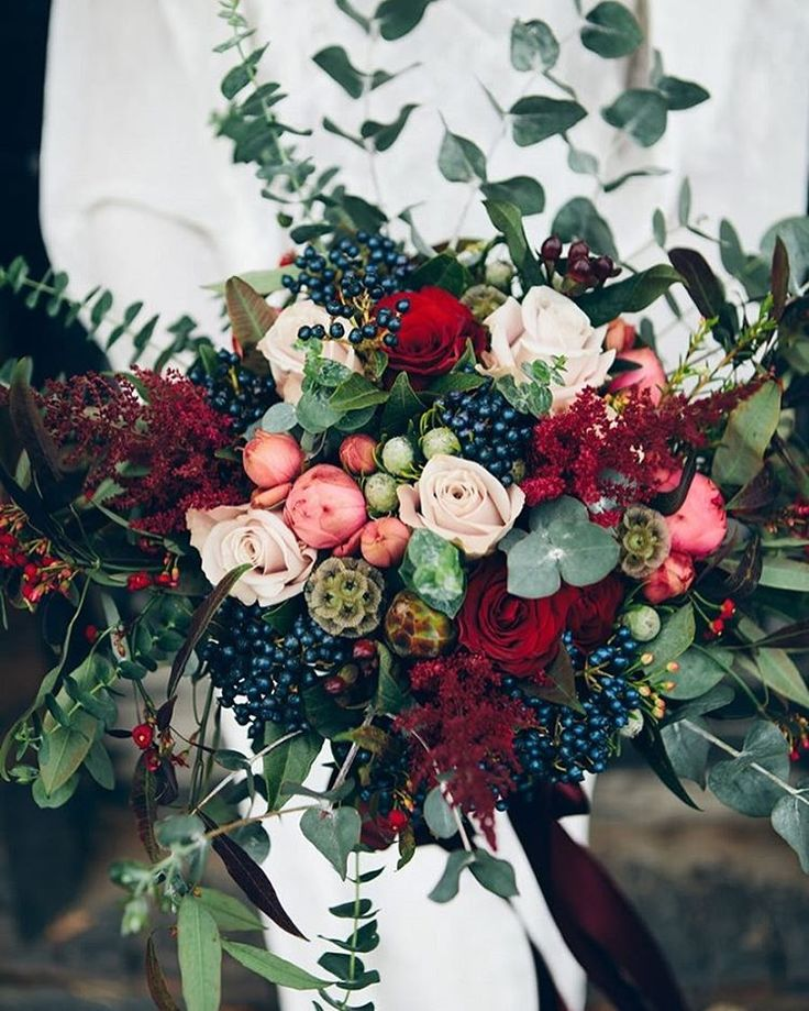 "85 Likes, 5 Comments - I take You  Wedding Blog  (@itakeyouwedding) on Instagram: ""This gorgeous bridal bouquet is the perfect for autumn and winter with rich #colours and gorgeous…"""