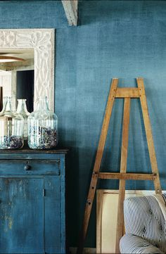 To create this Indigo Denim look, apply a basecoat of semi-gloss paint,