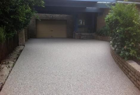 Light coloured exposed aggregate concrete | Exposed Aggregate Gallery