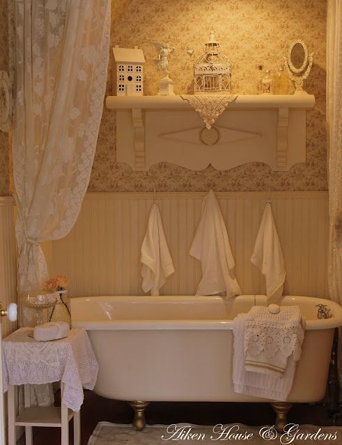 cottage bath: sweet repose at the end of the day, put a little lavender scent in the water and soak your cares away.