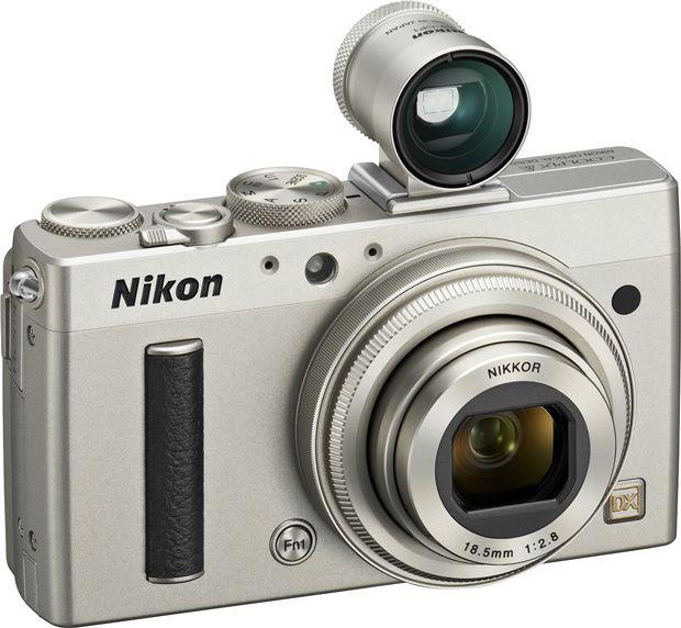 Nikon propose un compact expert équipé d'un capteur APS-C 16 Mpx et d'une focale fixe 289 mm f/2,8 : le Coolpix A viseur titane