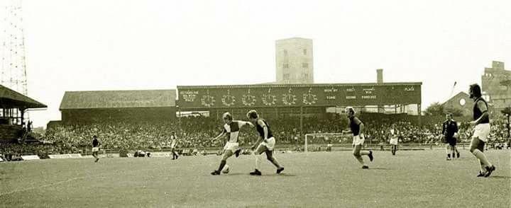 Eastville Stadium, Bristol Rovers FC. 11/8/1973. Bristol Rovers v West Ham United 1-1 (5-4 on penalties). Watney Cup 1st round. Attendance: 20000.