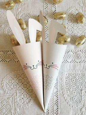Pinterest velockt gerade mit den besten Pinterest Oster-Dekoideen & schnell gemachten Oster-DIYs, jetzt im Praxistest nachgemacht, wie diese Osterhasen Süßigkeiten Tüten von We Are Scout | Pinspiration