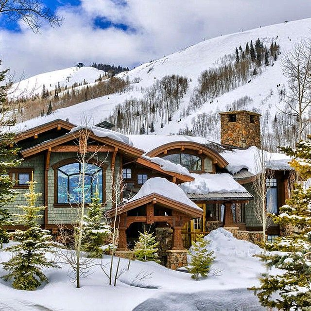 41 best home for the holidays images on pinterest log for Mountain dream homes