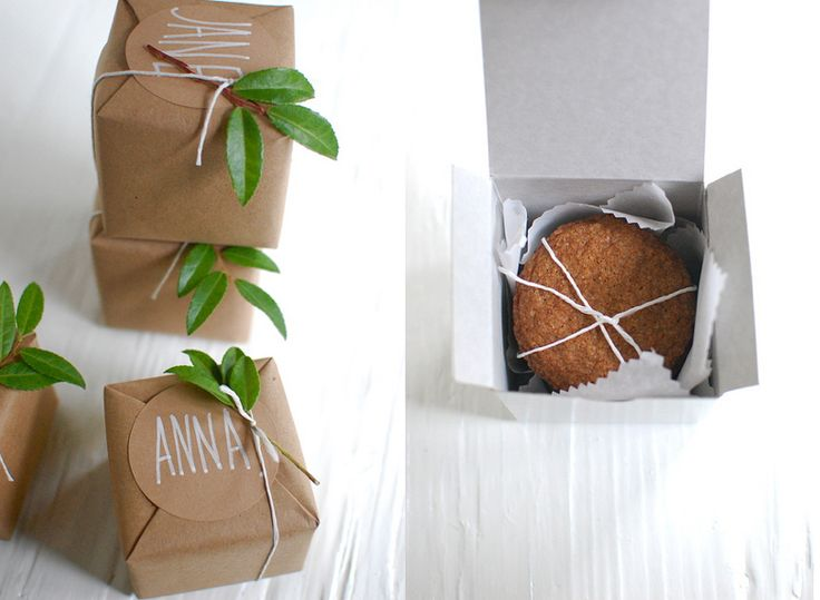 Cookie boxes with fresh greens. Packaging Hand made #diseño