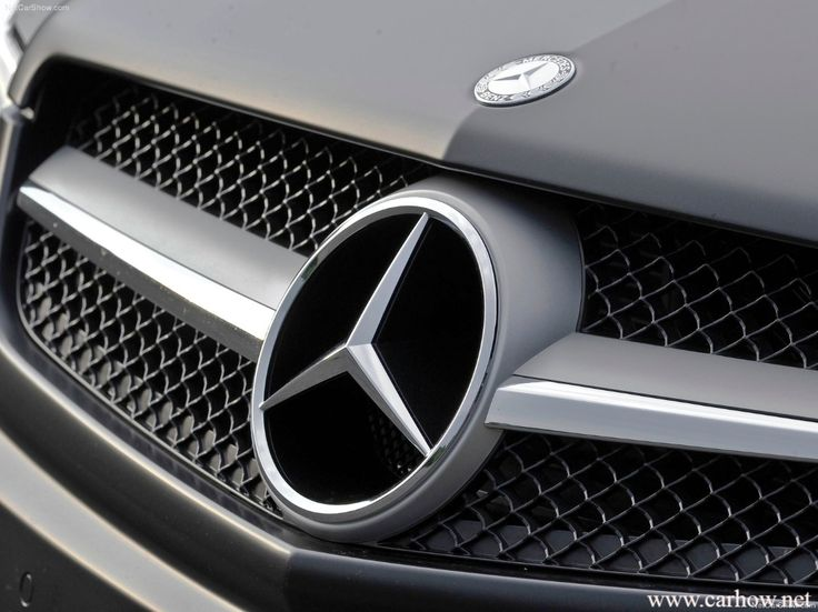 The 25 best mercedes logo ideas on pinterest benz mercedes mercedes benz logo iphone wallpaper mercedez benz on classic voltagebd Image collections