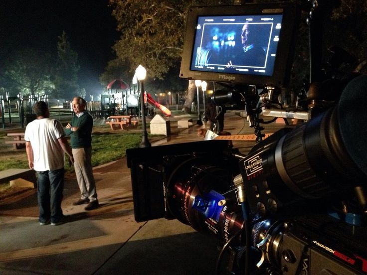 "Andrew Bikichky on Twitter: ""Shane's Inspiration Griffith Park LA (w/ added practical street lamps) meeting deep throat Rob directs Ep803 #Castle http://t.co/UUckzQrIIr"""