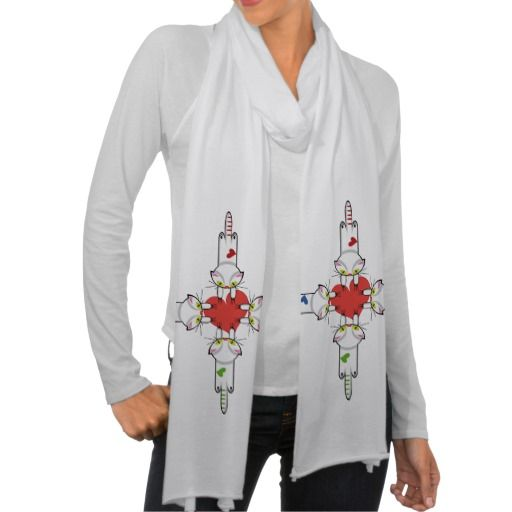 Lindo Gatito aferrado al amor. Gato, cat, kitten. Producto disponible en tienda Zazzle. Vestuario, moda. Product available in Zazzle store. Fashion wardrobe. Regalos, Gifts. Día de los enamorados, amor. Valentine's Day, love. Link to product: http://www.zazzle.com/lindo_gatito_aferrado_al_amor_gato_cat_kitten_scarf-256350677885186113?CMPN=shareicon&lang=en&social=true&rf=238167879144476949 #ValentinesDay #SanValentin #love #scarf #bufanda #cat #gato #kitten
