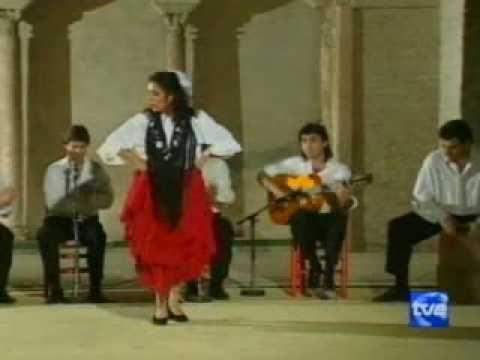 Eva la Yerbabuena | Flamenco Baile | Although an alegrias, it is impossible not to cry with Eva's fierce, emotionally-intense interpretation.