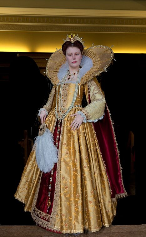 A well done re-creation of a Tudor Period, Elizabethan Era gown. Nicely done hairdo as well.