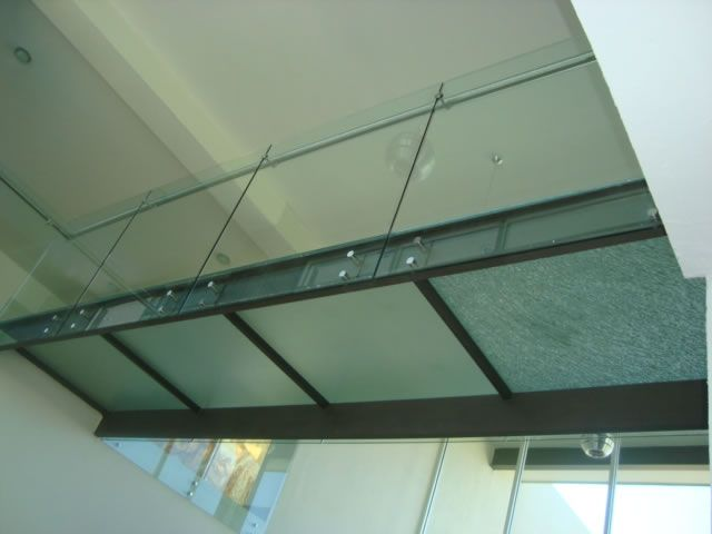 25 best ideas about escaleras de aluminio on pinterest - Escaleras de cristal templado ...