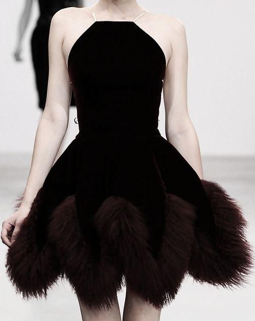 Azzedine Alaïa black feater skirt dress Fantasy Fashion Futuristic Style #UNIQUE_WOMENS_FASHION
