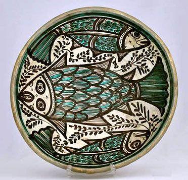 Fuente de cerámica de Paterna. Siglo XIII-XIV Museo de Cerámica de Barcelona