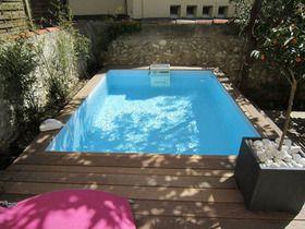 Création d'une mini-piscine (piscine urbaine) à Marseille et des ses aménagements en bois, ipé du Brésil. Plantations, éclairage, arrosage automatique.
