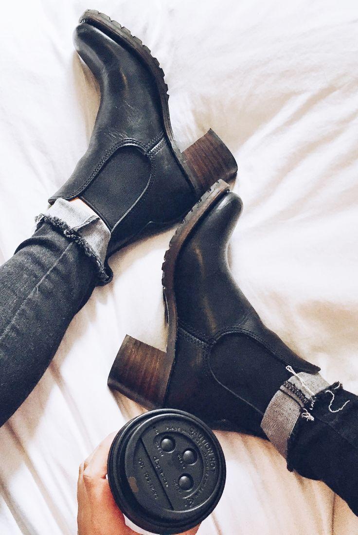 Sabrina Chelsea Boots | The Frye Company