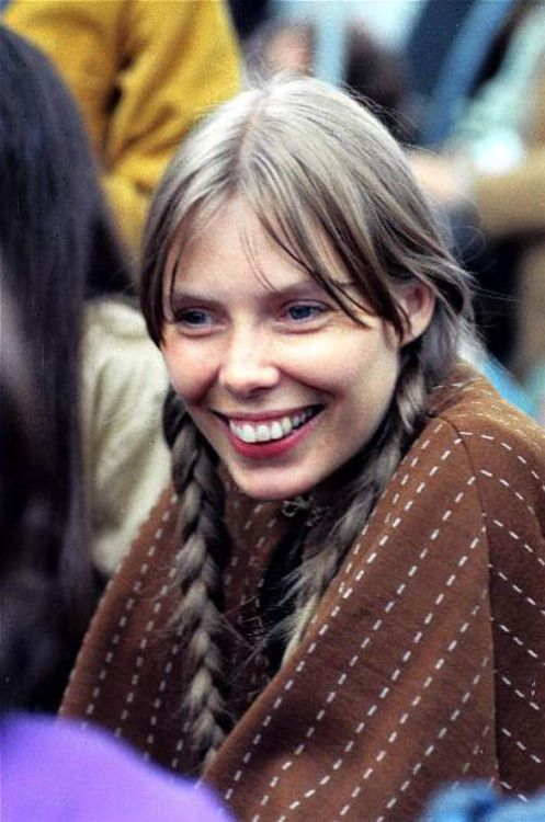 Joni Mitchell, July 19, 1969: Newport Folk Festival Afternoon Workshop, by Dan Beach