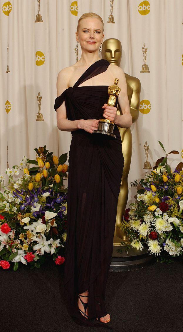 2003: Nicole Kidman za Godziny, suknia Jean Paul Gaultier
