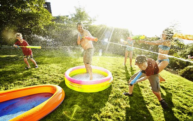 From water bazookas and super soakers to balloons and garden hoses, discover the wet, wild and wonderful delights of a modern-day water fight