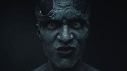WHY DO I FIND THIS ATTRACTIVE,HES A DEMON FOR GOD SAKE!