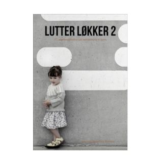 Lutter Løkker 2, smuk bog af Jeanette Bøgelund Bentzen med opskrifter på 17 hæklede modeller til baby og børn.