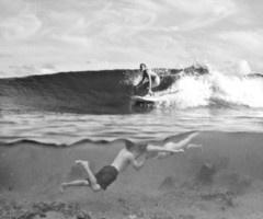 underwater kiss, surf above