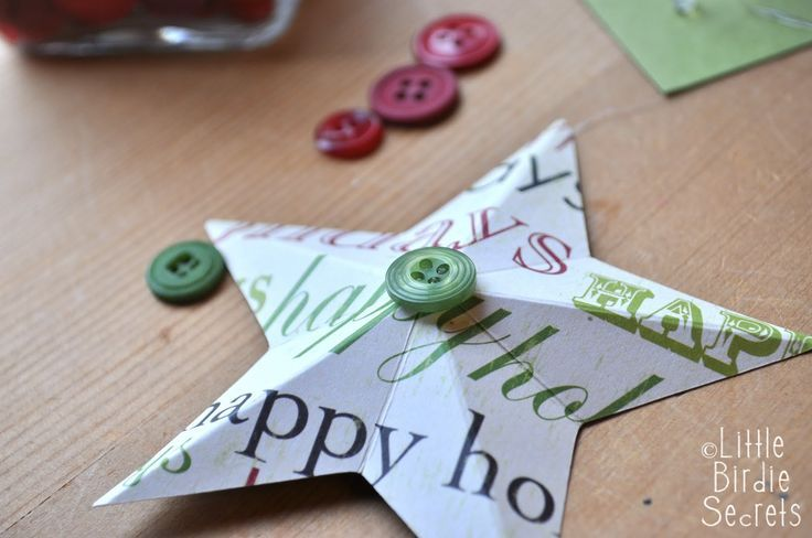 Craft ideas, craft solutions: last mintue christmas decorations 3D paper star wreath tutorial