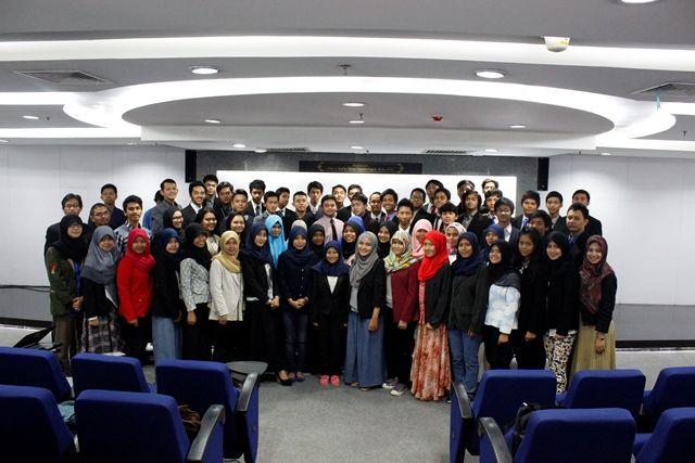 Sekolah Bisnis Berbasis Karakter Terbaik di Indonesia | ESQBS