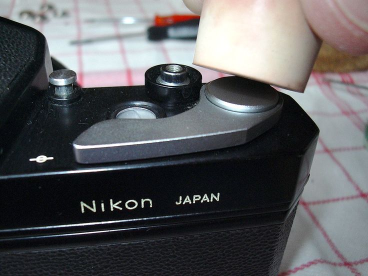 Nikkormat & Nikomat bodies are identical! Mechanical Nikkormats are the FT, FS, FT-N, FT-2 and FT-3 models