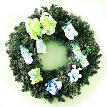 newborn wreath - fun touch for December baby showers!