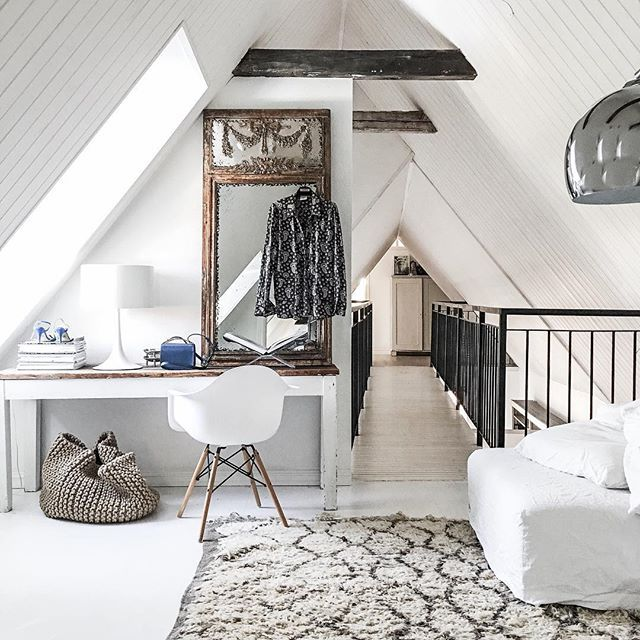 | Home | Prep for next weeks flight to Paris. . 2 needs - silk PJ blouse from @studiostilista and My lovely New Litle blue Marni bag. #frustilista#jennyhjalmarsonboldsen#home#interior#packing#going#paris#marni#design#fashion#interiorforinspo#instablogger#sweden