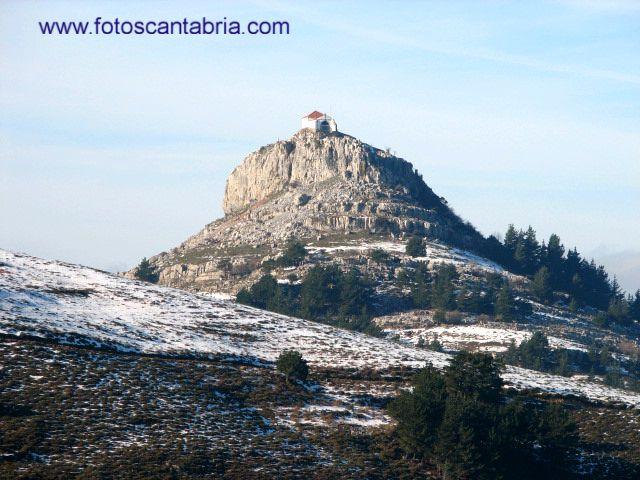 Ermita de la Virgen de las Nieves y su entorno. Cantabria.España