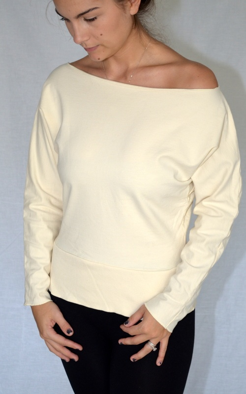 Old Navy Cream 80's Style Loose Neck Off the shoulder Sweater ...