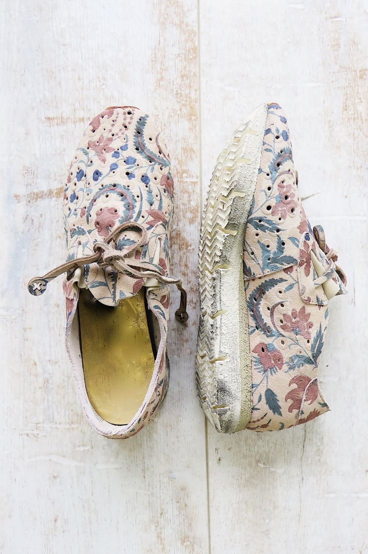 Floral Cutout Leather Tennies | ROOLEE