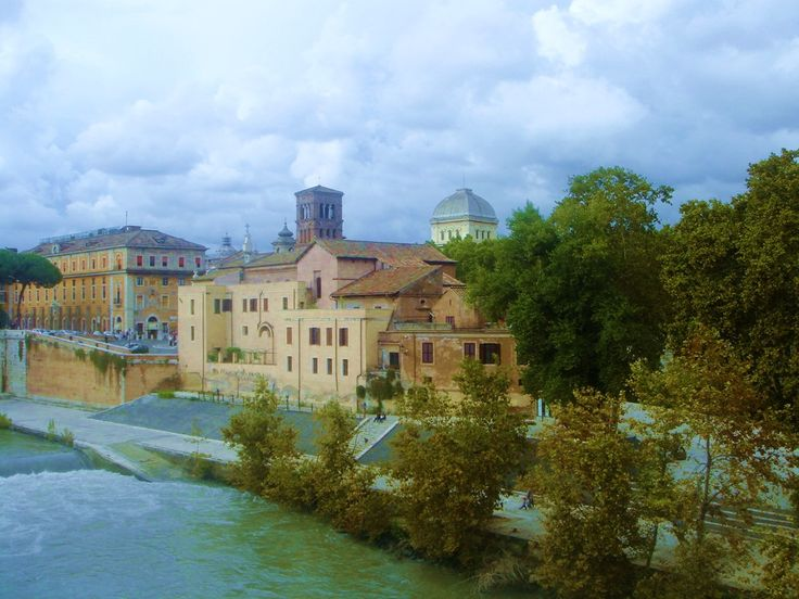 How many of you have been to the Tiber Island?
